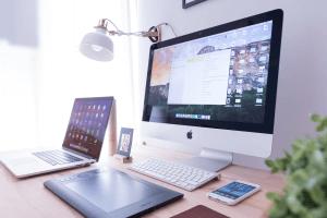 デスクトップとノートパソコン