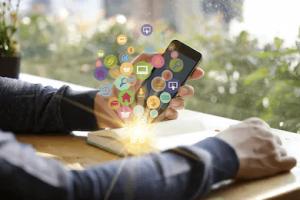 検索エンジンだけじゃない|アプリを使ったコンテンツマーケティングを紹介!